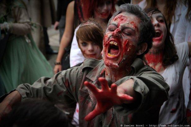 photos/zombiewalktoulon2010/zw.2010-4.jpg
