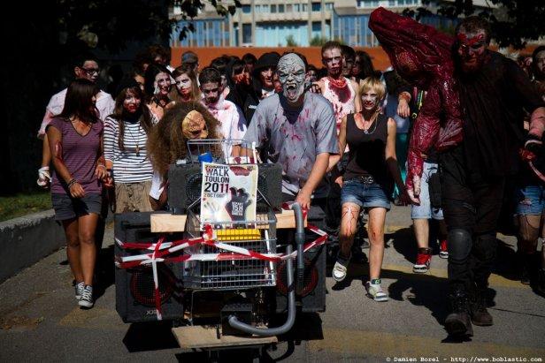 photos/zombiewalktoulon2011/zombiewalk2011.002.jpg