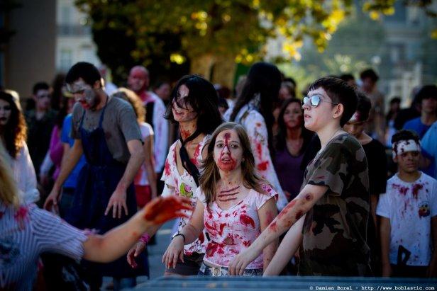 photos/zombiewalktoulon2011/zombiewalk2011.050.jpg